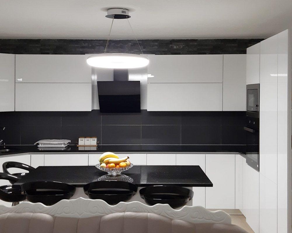 kuzhina-40