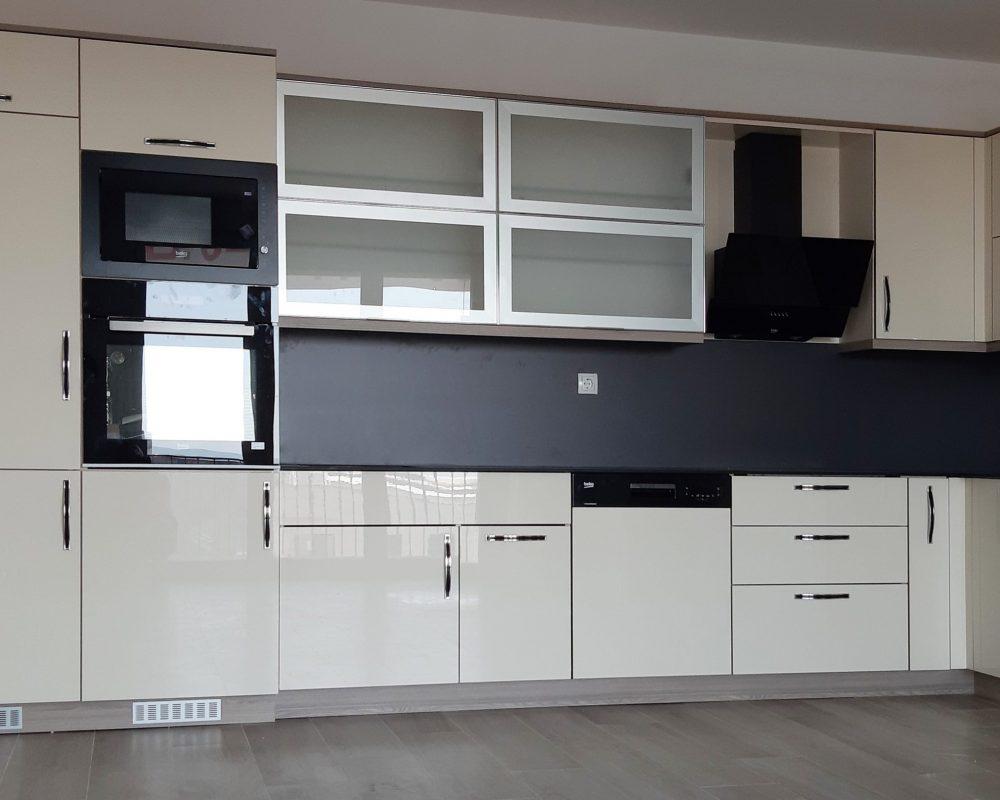 kuzhina-45